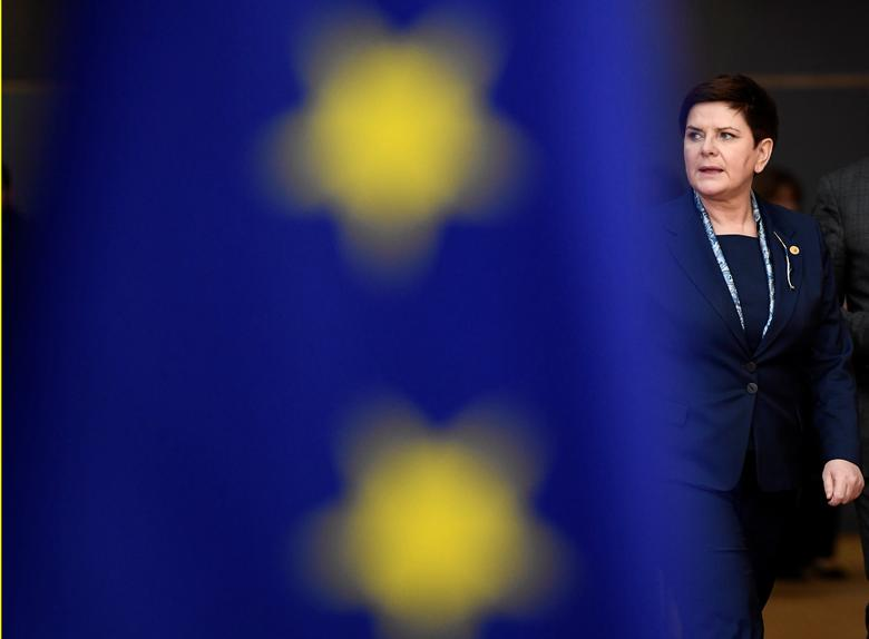 FILE PHOTO: Poland's Prime Minister Beata Szydlo arrives at the EU summit in Brussels, Belgium, March 9, 2017.     REUTERS/Dylan Martinez/File Photo