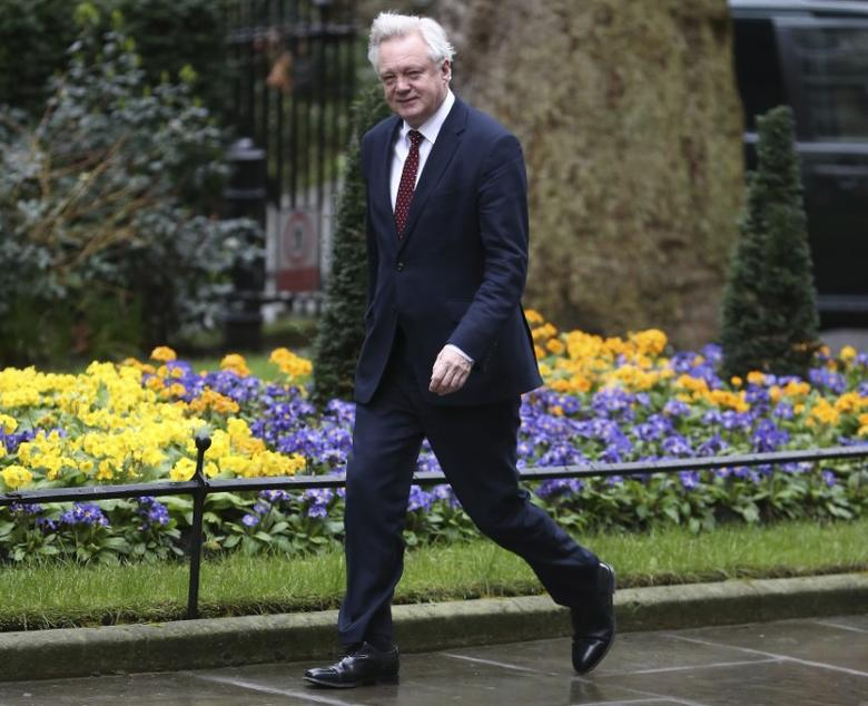 Britain's Secretary of State for departing the European Union David Davis arrives at 10 Downing Street for a cabinet meeting ahead of the budget in London, March 8, 2017. REUTERS/Neil Hall