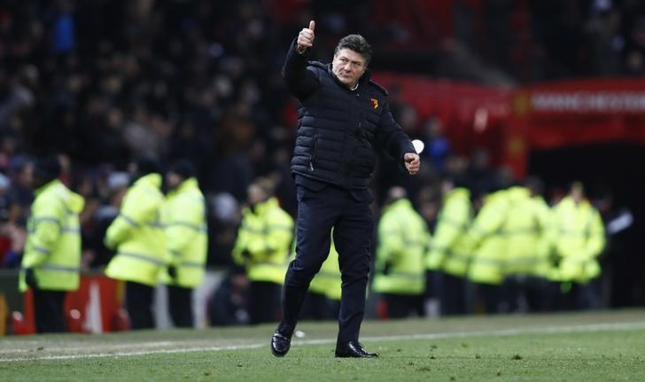 Britain Soccer Football - Manchester United v Watford - Premier League - Old Trafford - 11/2/17 Watford manager Walter Mazzarri acknowledges fans after the game  Action Images via Reuters / Jason Cairnduff Livepic