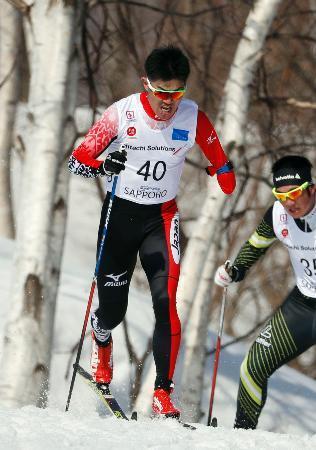 障害者スキー、立位で新田2位