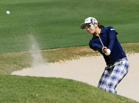 米女子ゴルフ、上原67で19位