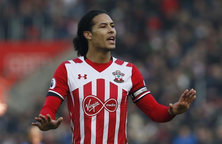 Football Soccer Britain - Southampton v Leicester City - Premier League - St Mary's Stadium - 22/1/17 Southampton's Virgil van Dijk  Action Images via Reuters / Paul Childs Livepic