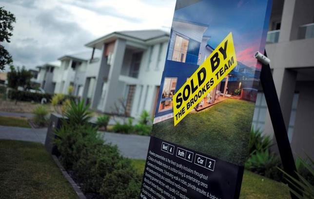 4月3日、オーストラリアの不動産コンサルタント会社、コアロジックが3日発表した3月の同国主要都市の住宅価格は前年同月比12.9%上昇で、2010年5月以来約7年ぶりとなる大幅上昇を記録した。伸び率は2月の11.7%からさらに加速した。写真はシドニーで2016年8月撮影(2017年 ロイター/Jason Reed)