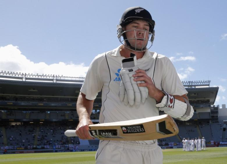 FILE PHOTO: Peter Fulton of New Zealand leaves the field caught out for 106 runs after scoring his second century in this match against England on day four of their final cricket test at Eden Park in Auckland, March 25, 2013.   REUTERS/Nigel Marple