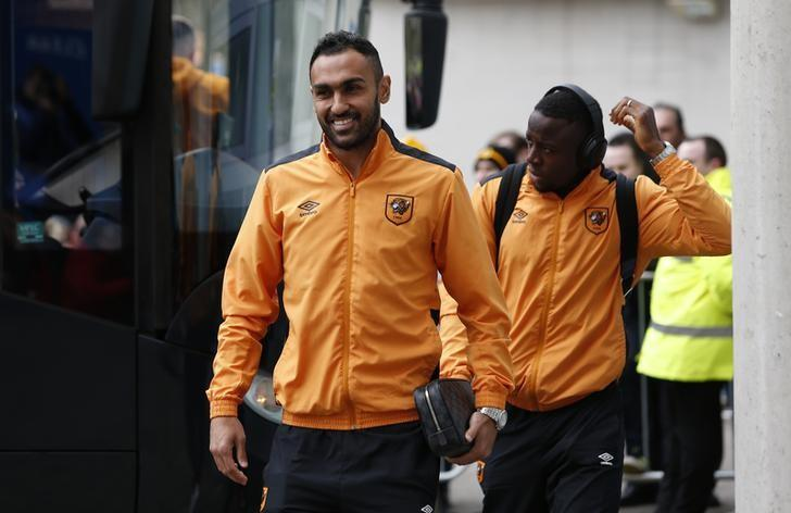 Britain Football Soccer - Hull City v Burnley - Premier League - The Kingston Communications Stadium - 25/2/17 Hull's Ahmed Elmohamady arrives before the match  Action Images via Reuters / Ed Sykes Livepic/Files