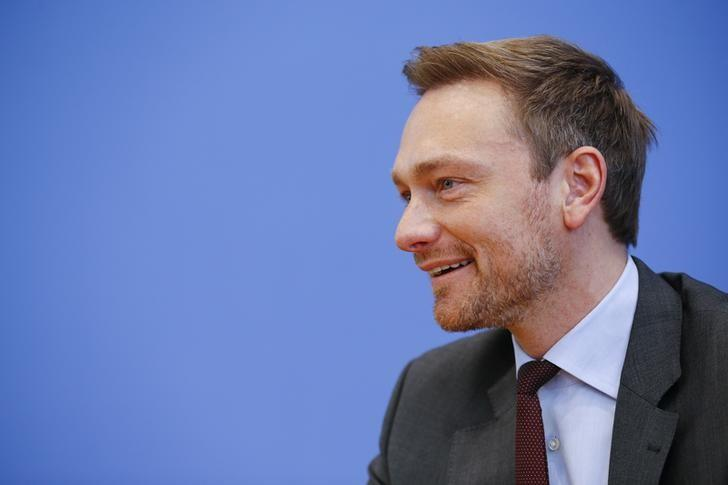 FILE PHOTO: Christian Lindner, chairman of the liberal Free Democratic Party FDP addresses the media in Berlin, Germany, March 14, 2016. REUTERS/Wolfgang Rattay
