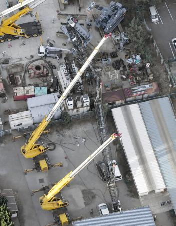 千葉で45mのクレーン転倒