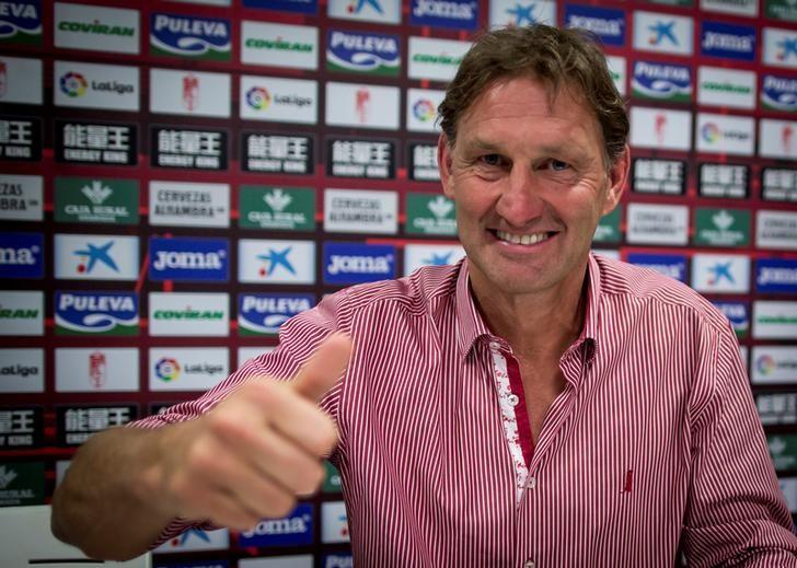 Former Arsenal and England captain Tony Adams smiles after being presented as the new head coach of Spanish first division soccer club Granada in Granada, Spain April 11, 2017. REUTERS/Pepe Marin