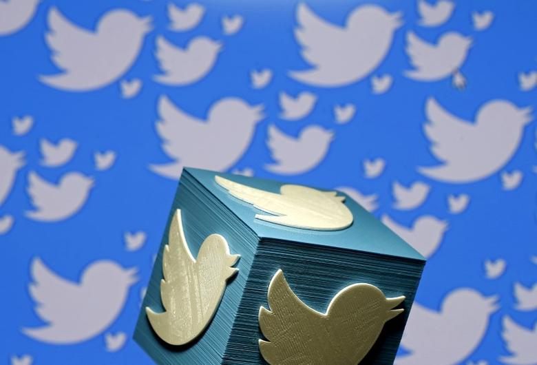 FILE PHOTO: A 3D-printed logo for Twitter is seen in this picture illustration made in Zenica, Bosnia and Herzegovina on January 26, 2016.  REUTERS/Dado Ruvic/Illustration/File Photo