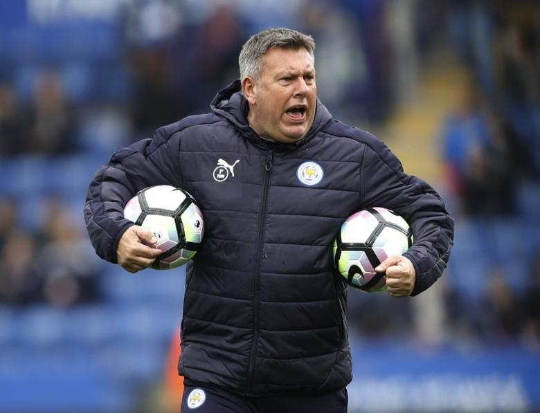 Britain Soccer Football - Leicester City v Watford - Premier League - King Power Stadium - 6/5/17 Leicester City manager Craig Shakespeare during the warm up before the match  Action Images via Reuters / Carl Recine Livepic