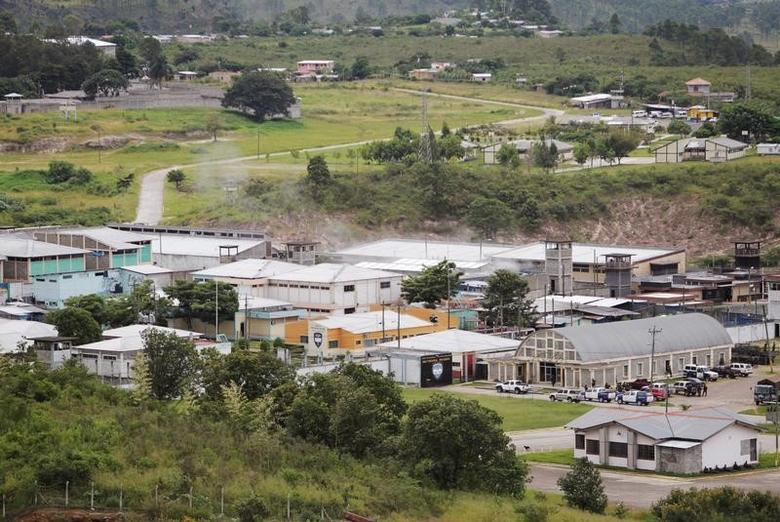 FILE PHOTO A general view of Marco Aurelio Soto prison in Tamara, on the outskirts of Tegucigalpa August 3, 2013. REUTERS/Jorge Cabrera/File Photo