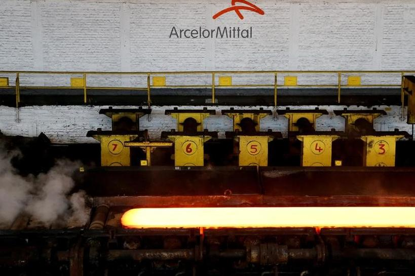 ArcelorMittal agrees on concessions to seal delayed $897 million JV with SAIL