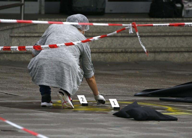 primarul-hamburgului-zice-ca-atacul-de-ieri-cu-cutitul-este-un-act-terorist