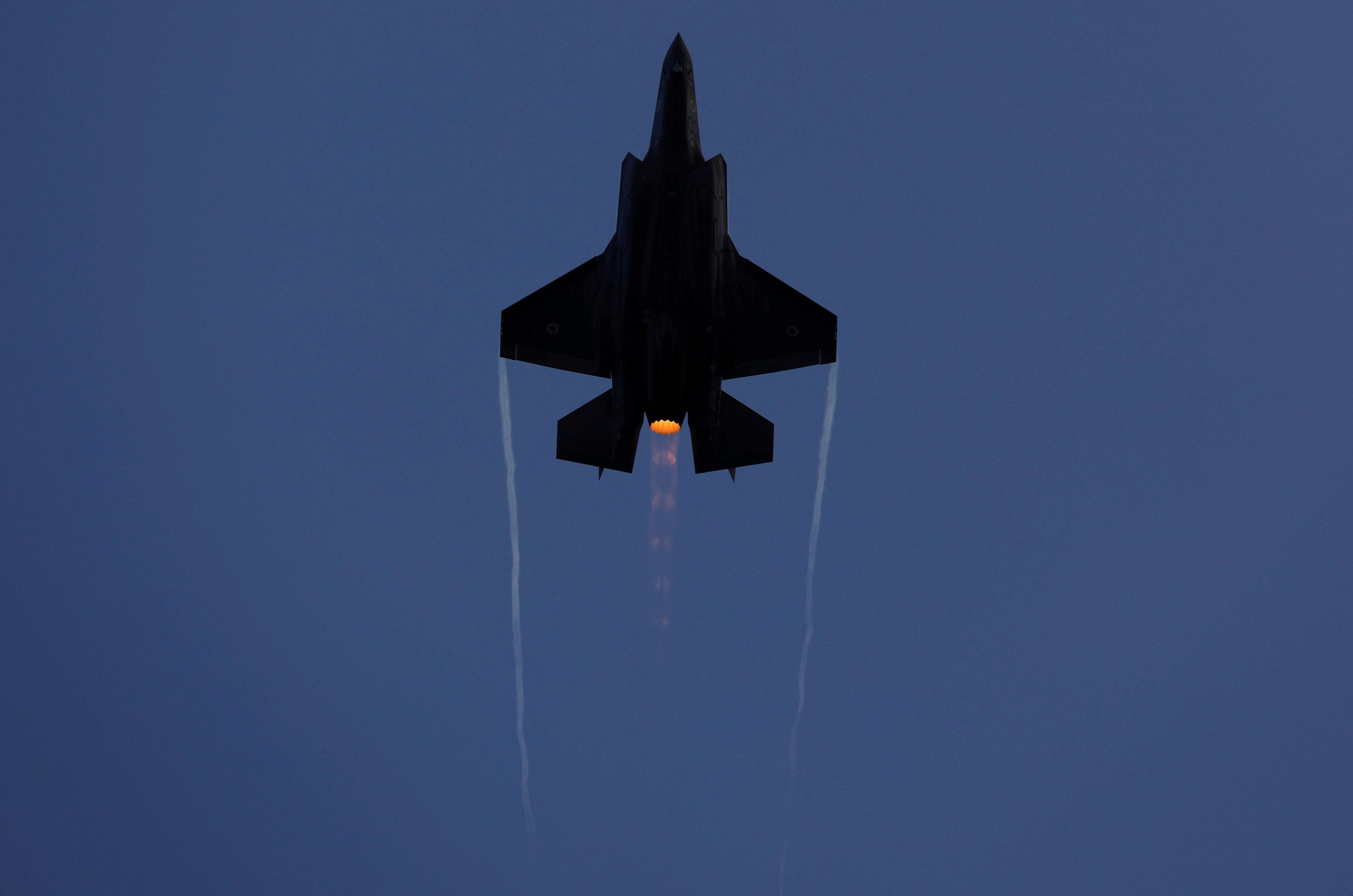 An Israeli Air Force F-35 fighter jet flies during an aerial demonstration at a graduation ceremony for Israeli air force pilots at the Hatzerim air base in southern Israel December 29, 2016.  Amir Cohen