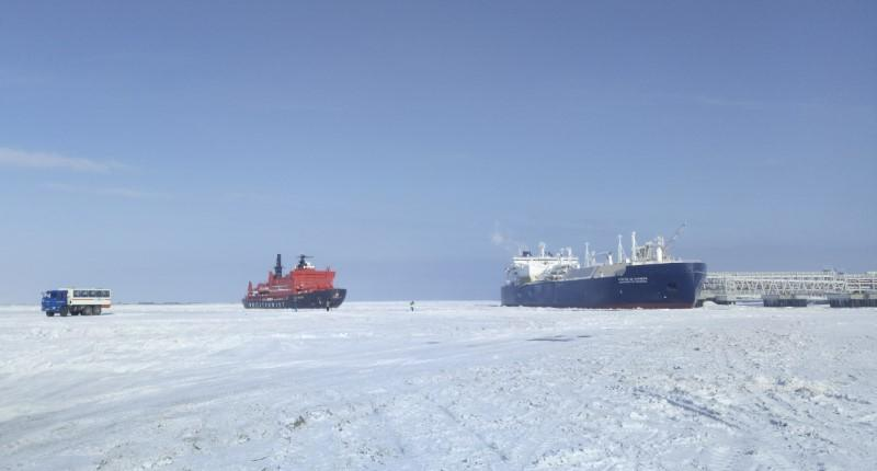 The Christophe de Margerie (R), an ice-class tanker fitted out to transport liquefied natural gas, is docked in Arctic port of Sabetta, Yamalo-Nenets district, Russia March 30, 2017.  Olesya Astakhova