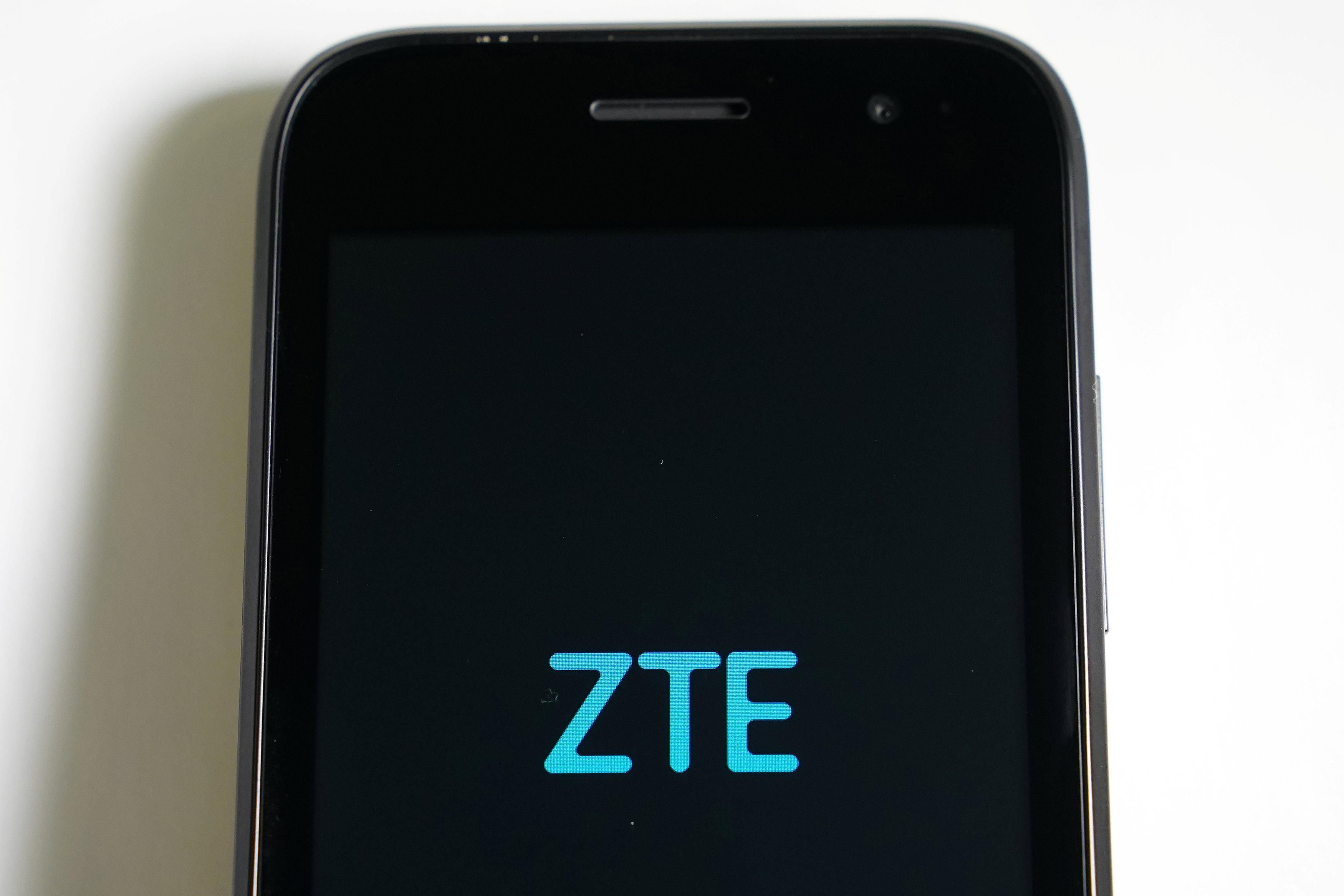 A ZTE smart phone is pictured in this illustration taken April 17, 2018.   Carlo Allegri/Illustration