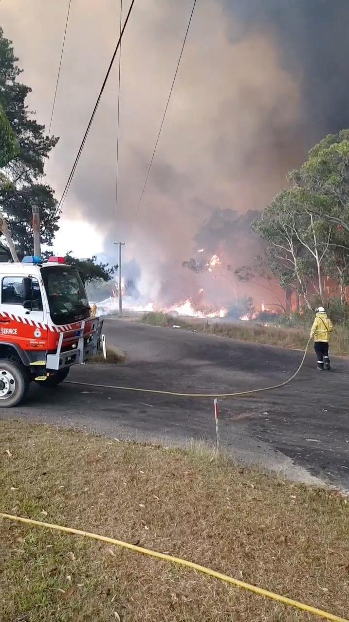 ?m=02&d=20200101&t=2&i=1470701188&r=LYNXMPEG00132 - twelve, several, missing, devastating, counts, bushfires, australia