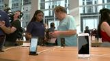 Apple's iPhone 8 lukewarm launch in New York