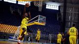 A migrant's journey to a Greek basketball court