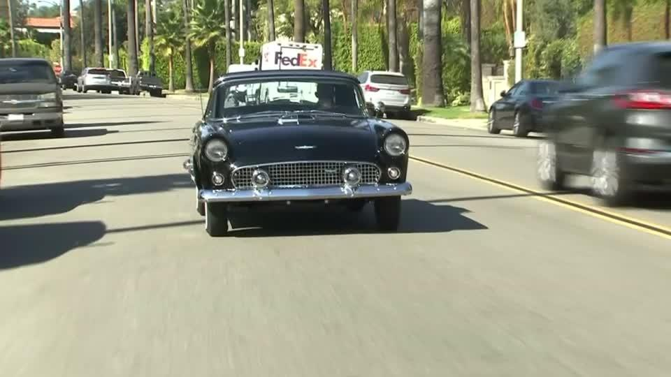 Marilyn Monroe's convertible could fetch up to $500,000 at...