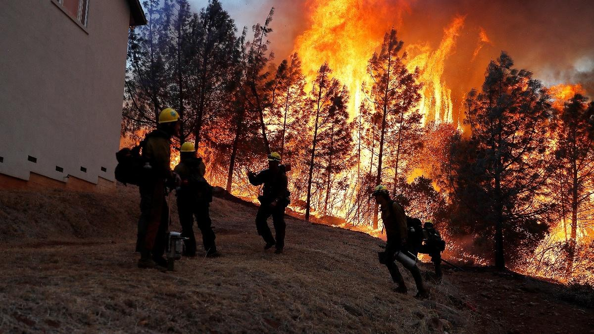 Search for the missing in deadly CA wildfires