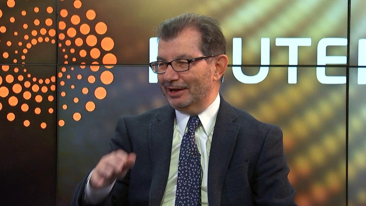 Sell into year-end rallies, advises Vincent Catalano