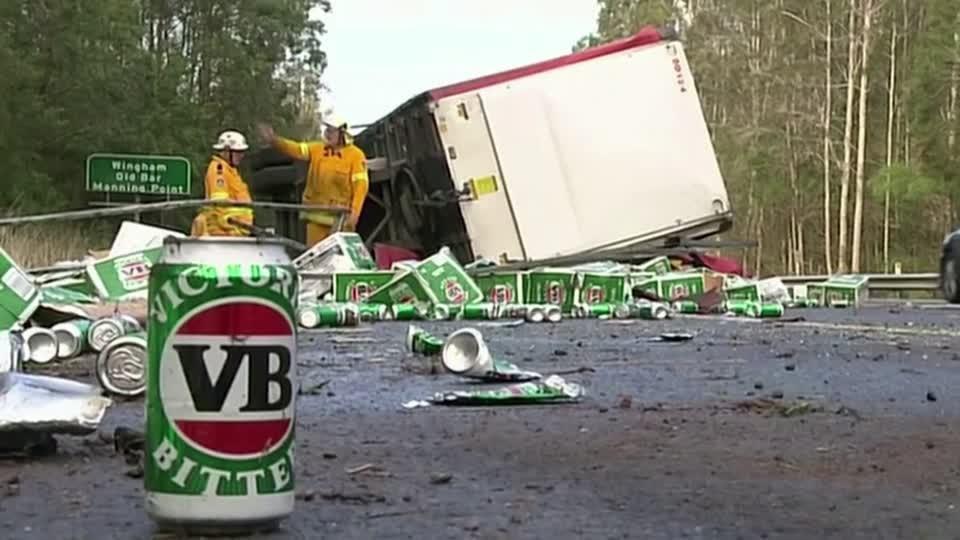 Australia truck crash causes major beer spill