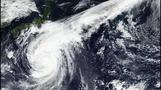 超大型の台風19号、NASAの衛星が巨大な渦捉えた(字幕・11日)
