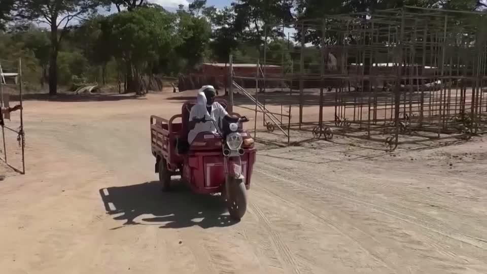 Motorbikes give Zimbabwe women a path out of poverty