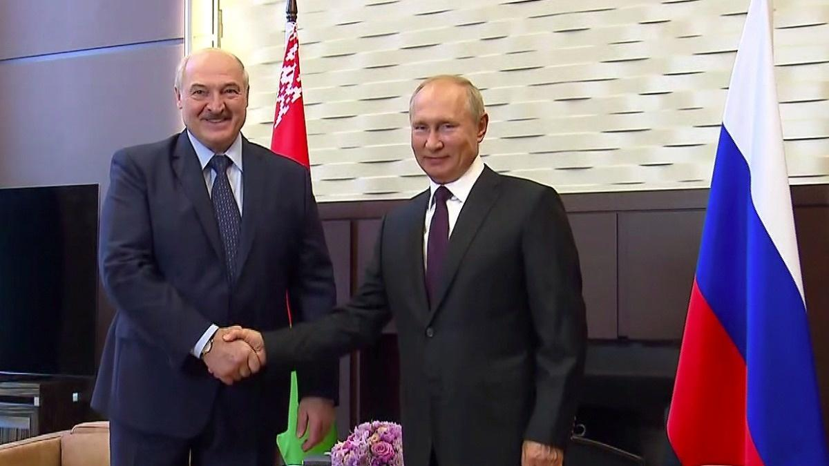 Putin bestows $1.5 billion loan on Belarus