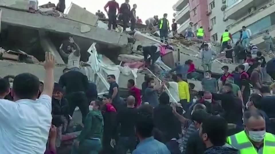Strong earthquake strikes Turkey