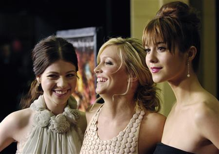 black christmas cast members l r michelle trachtenberg katie cassidy and mary elizabeth winstead pose together at the premiere of the film in los - Black Christmas 2006 Cast