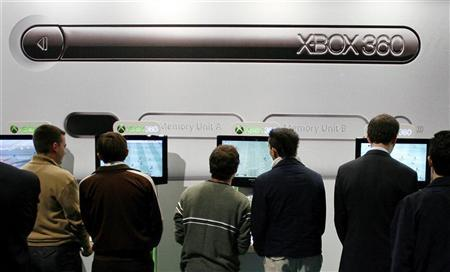 Microsoft says finds no Xbox Live security breach | Reuters com