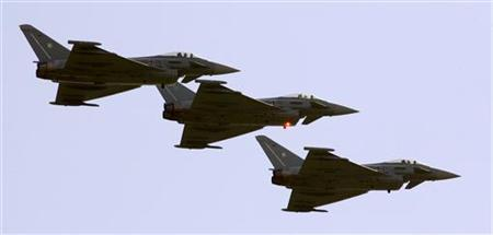 A formation of three Eurofighter military aircrafts flies during an airshow in a file photo The United States said on Wednesday it hoped to help tighten UK anticorruption laws amid reports of a possible U.S. criminal probe into alleged bribery of Saudi officials by BAE Systems Plc, Britain's top military contractor. British investigators halted a two-year-old inquiry into a multi-billion-pound Eurofighter deal with Saudi Arabia after Prime Minister Tony Blair's government said the probe could undercut national security. The reversal followed reports that Saudi Arabia had threatened to cancel orders for 72 Eurofighter Typhoon jets from BAE. REUTERS/Arnd Wiegmann