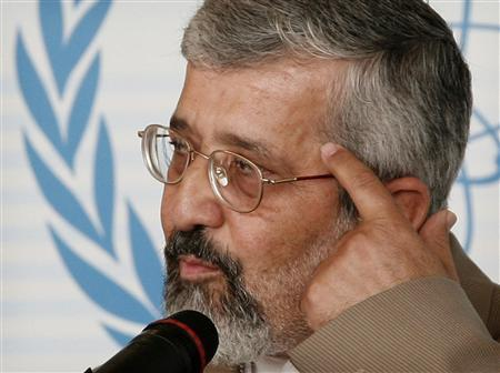 Aliasghar Soltaniyeh, Iran's International Atomic Energy Agency (IAEA) Ambassador, reacts as he briefs the media during an IAEA board of governors meeting in Vienna June 14, 2007. Iran warned on Thursday it may reconsider basic cooperation with United Nations nuclear inspectors if it was hit with harsher U.N. sanctions over its expanding atomic program. REUTERS/Herwig Prammer