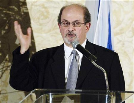 Novelist Salman Rushdie seen in this file photo in Beverly Hills, California, September 17, 2006. Rushdie said on Monday he was ''thrilled and humbled'' to be awarded a knighthood but he had no comment on anger in Iran and Pakistan where his book ''The Satanic Verses'' outraged many Muslims. REUTERS/Chris Pizzello
