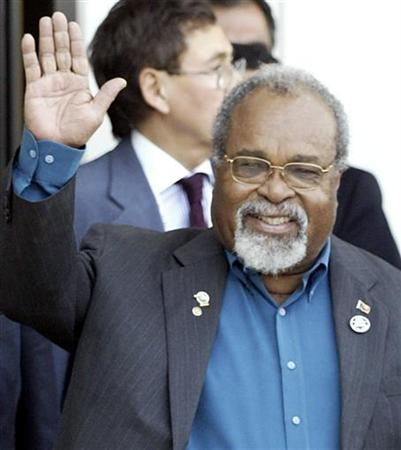 Michael Somare in Santiago in a November 2004 file photo. Papua New Guinea's parliament elected Somare as Prime Minister for a second consecutive five-year term on Monday. REUTERS/David Mercado