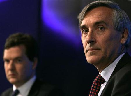 Conservative party shadow chancellor George Osborne (L) and John Redwood, Chairman of the Economic Competitiveness Policy Group listen at the launch of the ''Freeing Britain to Compete: Equipping the UK for Globalisation'' report in London August 17, 2007. The Conservatives recommended on Friday the abolition of inheritance tax and the reduction of stamp duty on shares and property as it seeks to regain momentum after a slew of bad poll results. REUTERS/Luke MacGregor