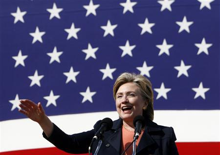Democratic Presidential candidate and Senator Hillary Clinton (D-NY) speaks at the 30th annual Harkin Steak Fry in Indianola, Iowa, September 16, 2007. REUTERS/ Joshua Lott