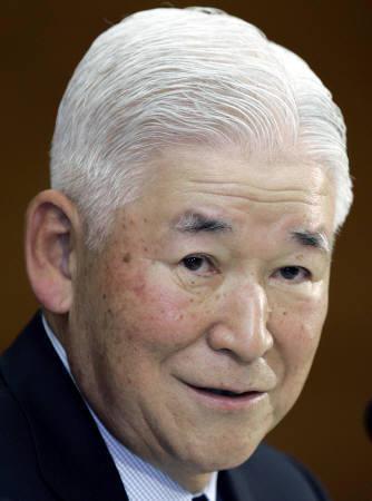 11月1日、福井俊彦日銀総裁、金利調整時期を誤ると経済の振れが大きくなるリスクがあると指摘。10月撮影(2007年 ロイター/Yuriko Nakao)