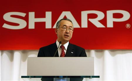 Toshihiko Fujimoto, CEO and Chairman of Sharp Electronics Corporation, speaks at a news conference at the Consumer Electronics Show (CES) in Las Vegas, Nevada January 6, 2008. REUTERS/Rick Wilking