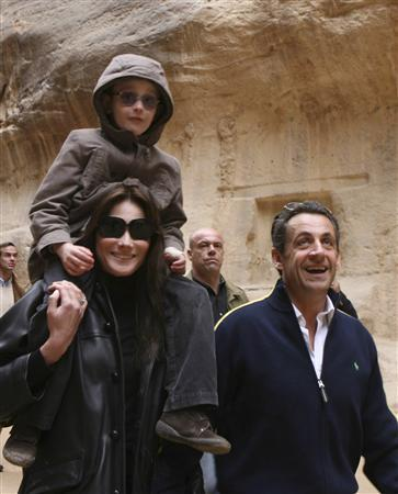 Sarkozy Hints He Ready To Wed Bruni Reuters Com