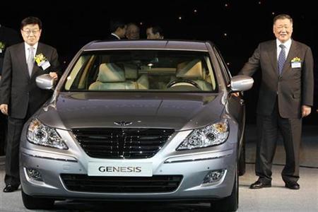 Hyundai Motor Group to buy broker stake for $221 mln | Reuters