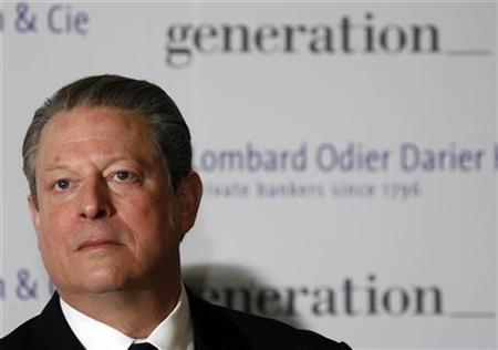 File photo shows Al Gore, Nobel Peace Prize winner and Chairman of Generation Investment Management at a news conference with Lombard Odier Darier Hentsch (LODH) Private Bank at Cointrin airport in Geneva March 11, 2008. Gore on Monday launched a $300 million, three-year campaign to mobilize Americans on climate change. REUTERS/Denis Balibouse