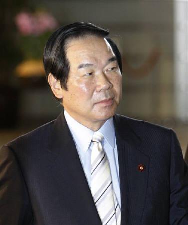 4月8日、額賀福志郎財務相、11日にワシントンで開催される7カ国財務相・中央銀行総裁会議(G7)に臨むにあたり、世界経済・金融の安定に向けた政策を議論することが大事との認識を示した。昨年8月撮影(2008年 ロイター/Kim Kyung-Hoon)