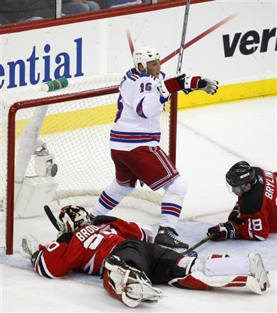 Rangers Continue Dominance Of Devils Penguins Win Reuters