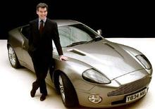 <p>La Aston Martin di James Bond, quando l'agente 007 era interpretato da Pierce Brosnan. REUTERS/Ferran Paredes FP/PS</p>