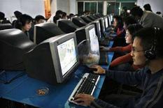 <p>Un internet cafè cinese. REUTERS/ Nir Elias (CHINA)</p>