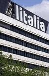 <p>Il quartier generale di Alitalia a Roma. REUTERS/Chris Helgren (ITALY)</p>