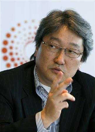 5月21日、HOYAの鈴木CEO(写真)はロイター・テクノロジー・サミットの席上で、事業ポートフォリオの分散化を図るため10億─50億ドル規模のM&Aを仕掛ける必要があるとの認識を示した(2008年 ロイター/Kiyoshi Ota)